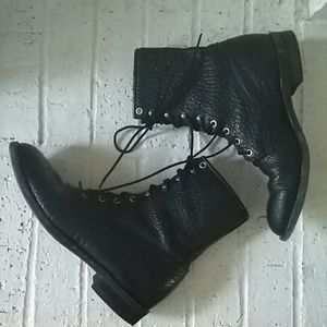 Justin lace up leather boots